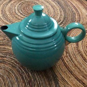 Fiesta tea kettle with turquoise glaze 44oz.
